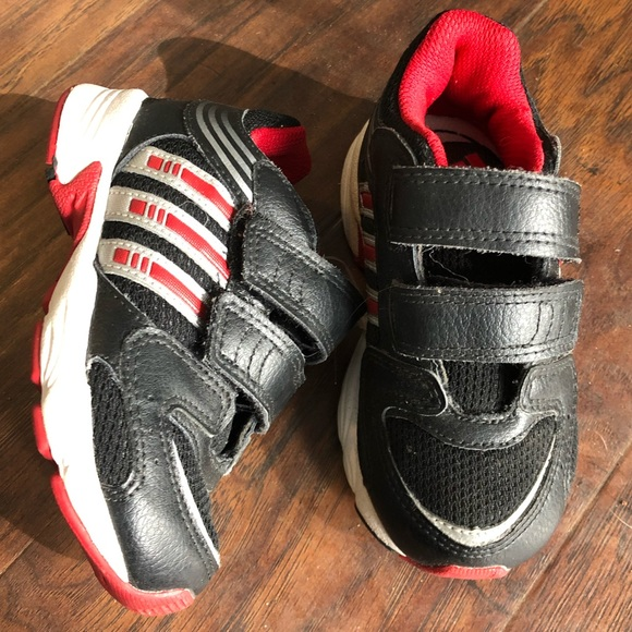 adidas Shoes | Nwot Boys Wide Sneakers